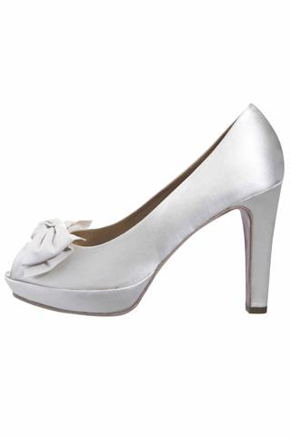 Brides Shoes Designed by Jaime Mascaro for Pronovias